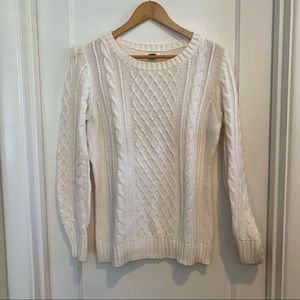 Old Navy Cream Cable Knit Sweater Size Large